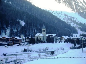800px-Sulden-village-winter